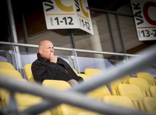 Technisch directeur Piet Buter weg bij Telstar: 'Ik heb de strijd verloren'