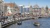 Hekken tegen fietsers en krijtcirkels in parken: dit doet Haarlem om drukte in de stad te beteugelen