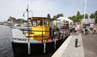 Varen op vuile diesel wordt in Loosdrecht elektrisch: populaire Fietsboot dankzij subsidies geknuffeld als voorbeeld