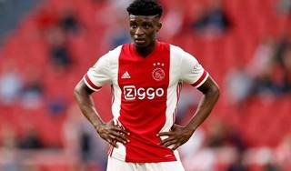 Ajax gaat in Liverpool op zoek naar bonuspunten: 'We starten niet als favoriet, maar we kunnen lastig te bespelen zijn'