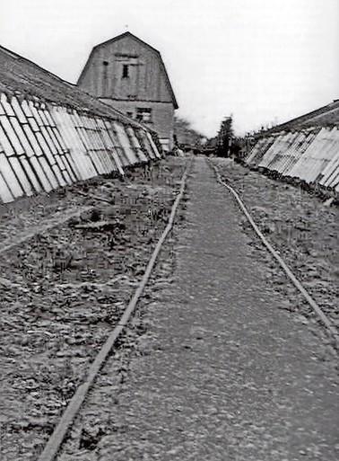 Oorlog in West-Friesland: Jan wordt neergeschoten en kermend op de lorrie gelegd
