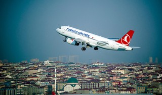 Nico van den Born uit Naarden krijgt geen reactie van Turkish Airlines op claim kapotte koffer