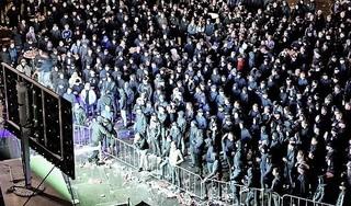 Supporters worden zodra ze een arena ruiken spontaan lid van #ikdoenietmeermee, laten we dus de stadions en het circuit snel weer op slot doen | commentaar