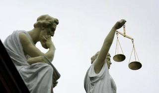 Justitie verdenkt een 35-jarige man ervan dat hij in Soest een medebewoonster heeft aangerand. 'Ze lachte, dus ik dacht dat ze het niet echt meende'