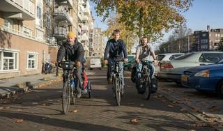 Afscheidstoernee De Warme Winkel: op de fiets van theater naar theater