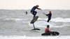 'Surfen geeft zo'n gevoel van vrijheid. Je bent één met de natuur', zegt Martijn van Hoek die zijn baan als directeur van een marketingbureau inruilde voor een leven aan het strand [video]