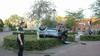 Brommobiel belandt op zijn kop in Eemnes, twee inzittenden naar ziekenhuis