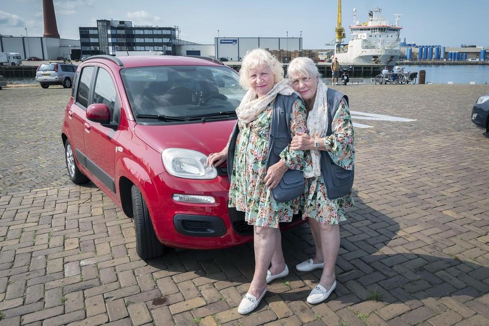 Martine en Louise Fokkens zijn graag in IJmuiden.