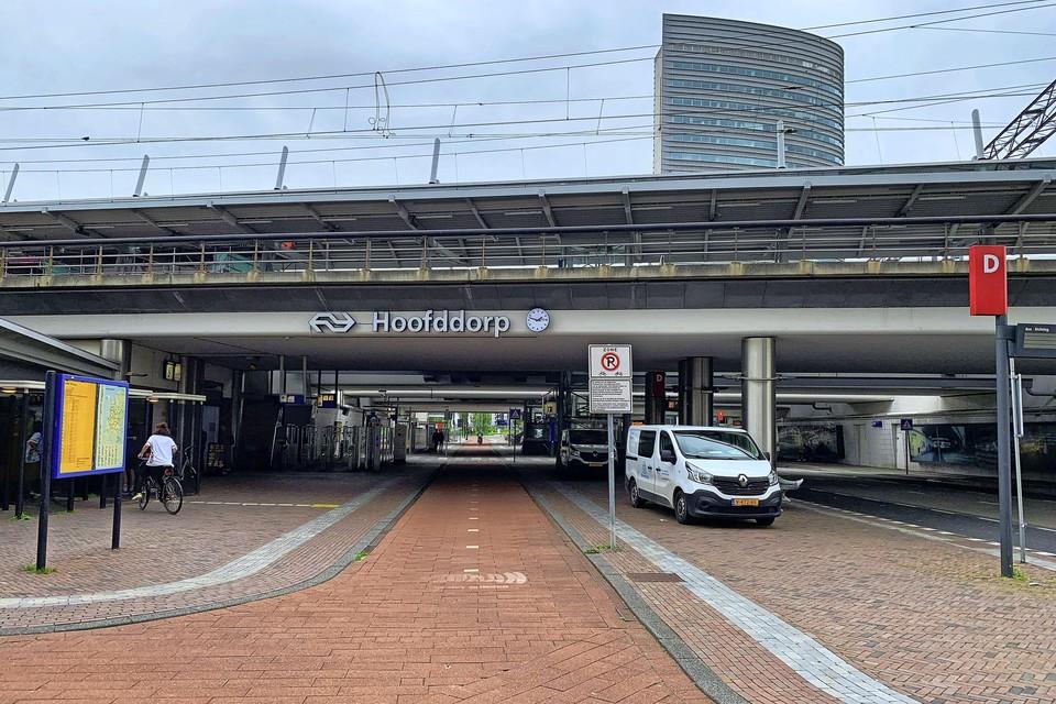 NS-station Hoofddorp moet een opknapbeurt krijgen.