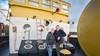 Betty en Geert Hendriksma van het schip De Walvis zijn onzeker over hun lot in Velsen-Noord: 'We zijn het zat dat onze rechten niet erkend worden'
