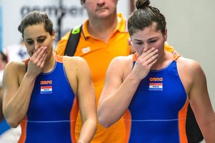 Toen er op 26 maart nog wél gesport werd: tranen bij de waterpolovrouwen na uitschakeling voor Olympische Spelen