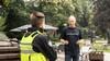 Alleen in Baarnse Pekingtuin: 'Voor het eerst demonstreer ik, de maatregelen tegen corona zijn buitenproportioneel'