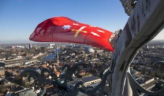 Haarlem 775: de stad is jarig, massaal gaat de vlag uit [video]