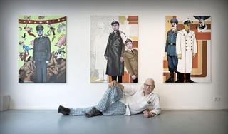 Beeldend kunstenaar Piet Zwaanswijk volgt vooral zijn eigen fascinaties. 'Ik zaag graag ergens de poten onder vandaan' [video]