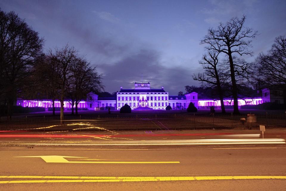 Begin februari kleurde paleis Soestdijk nog paars in verband met Wereld Kanker Dag.