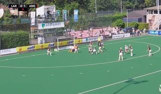 Bekijk hier de hoogtepunten van de hockeywedstrijd Laren - Amsterdam [video]