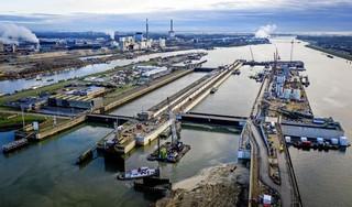 Nieuwe zeesluis is bron van 'mysterieus getingel'