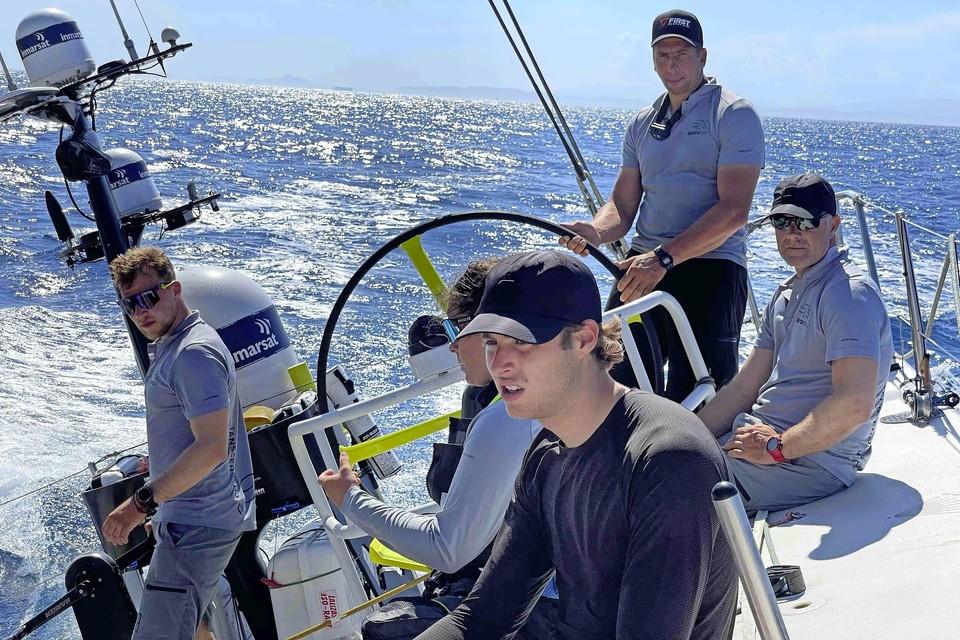 Rutger Vos geniet van het offshore zeilen.