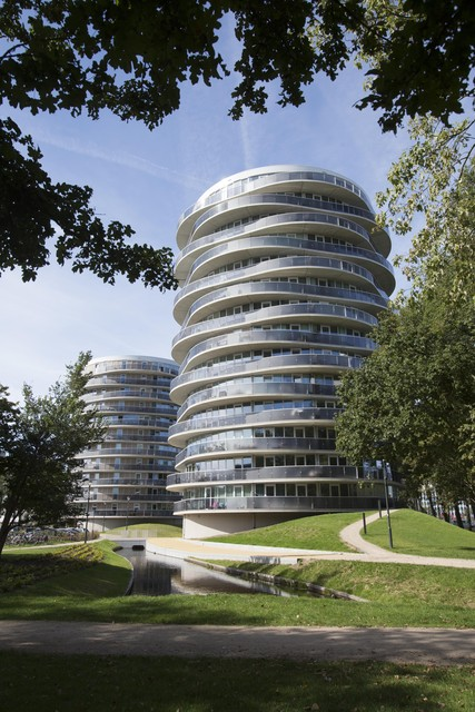Twister en Tango in Schalkwijk, ontworpen door VMX Architecten.