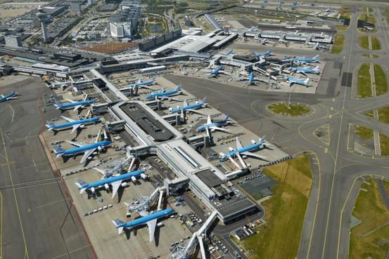 'Schiphol kan terug naar 403.000 vluchten'
