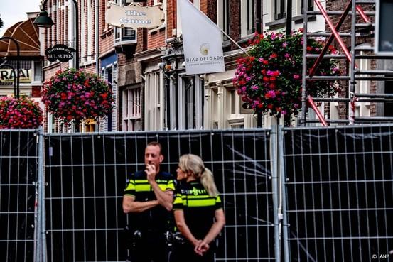 '8 en 12 jaar om aanslagen handgranaat Delft'