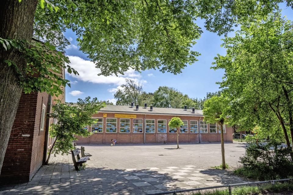 Basisschool Comenius aan de Celebesstraat in Den Helder houdt dit jaar afscheidsmusical over corona. Het leidt tot verdeeldheid onder de ouders.