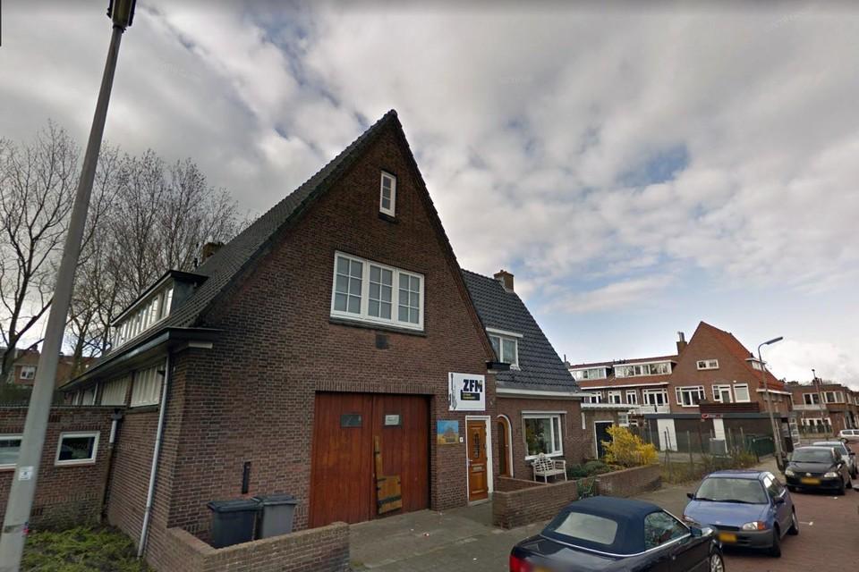 De radiostudio van ZFM Zandvoort aan de Tolweg.