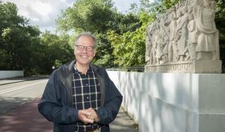 Leonard Springer blokkeerde de bouw van villa's in het Brouwerskolkpark. 'Ik kan er niet aan meewerken het landschapsschoon in Overveen te bederven'