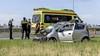Veel schade en file door ongeval op A9 bij Velsen: automobilist klapt op stilstaande waarschuwingswagen