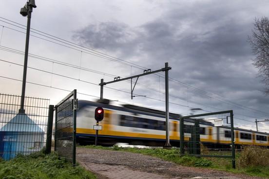 Prorail gaat snel verder met ontsluitingsweg langs spoor in Santpoort-Zuid