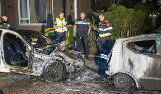 Twee auto's uitgebrand in Zandvoort