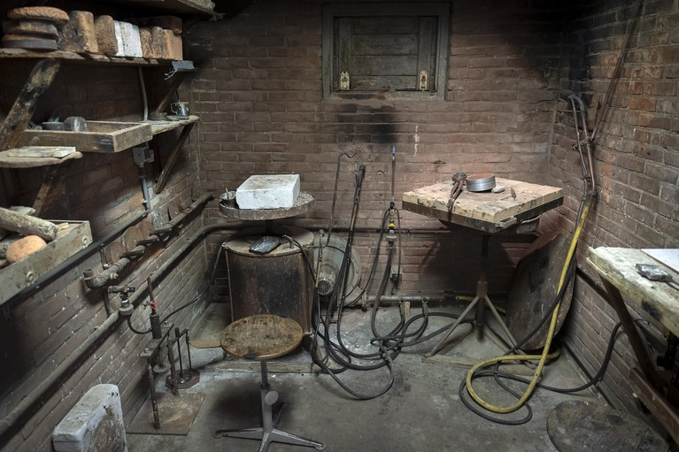 De Haarlemsche Zilversmederij: hofleverancier in openluchtmuseum