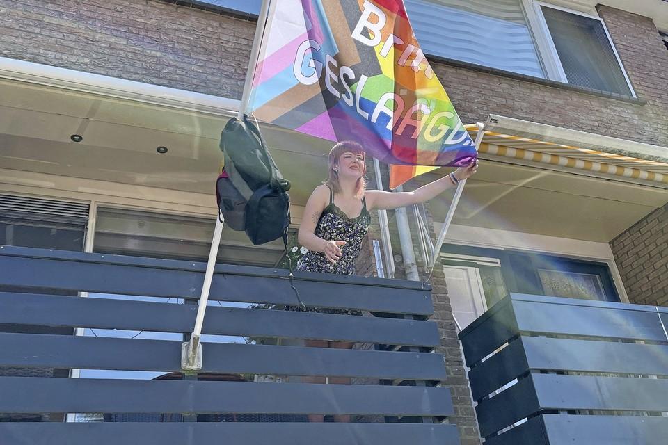 Britt Hendriksen (17) is geslaagd op de havo van het Roland Holst College.