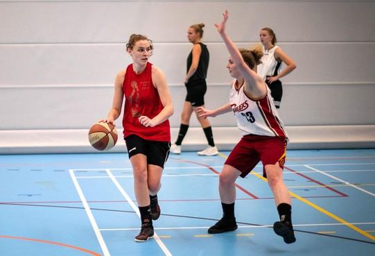 Collectief is kracht van Hoofddorpse basketbalvrouwen