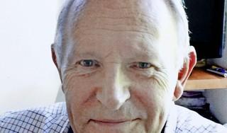 'Meneer Den Uyl' op 83-jarige leeftijd overleden; Bussumse speelgoedwinkel werd een begrip door de unieke collectie treinen en modelauto's