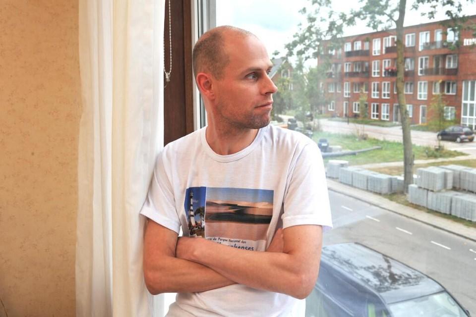 Barry Koridon hoopt alsnog in het huurappartement van zijn overleden moeder te kunnen blijven wonen.