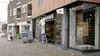 Ook de afritsbroek verkopen ze nog steeds, maar ANWB opent in Hilversum winkel die helemaal 2021 is. Hip en groen