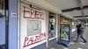 Winkels in Haarlem-Oost beklad met Free Palestina leuzen. 'Heel vervelend en totaal nutteloos'