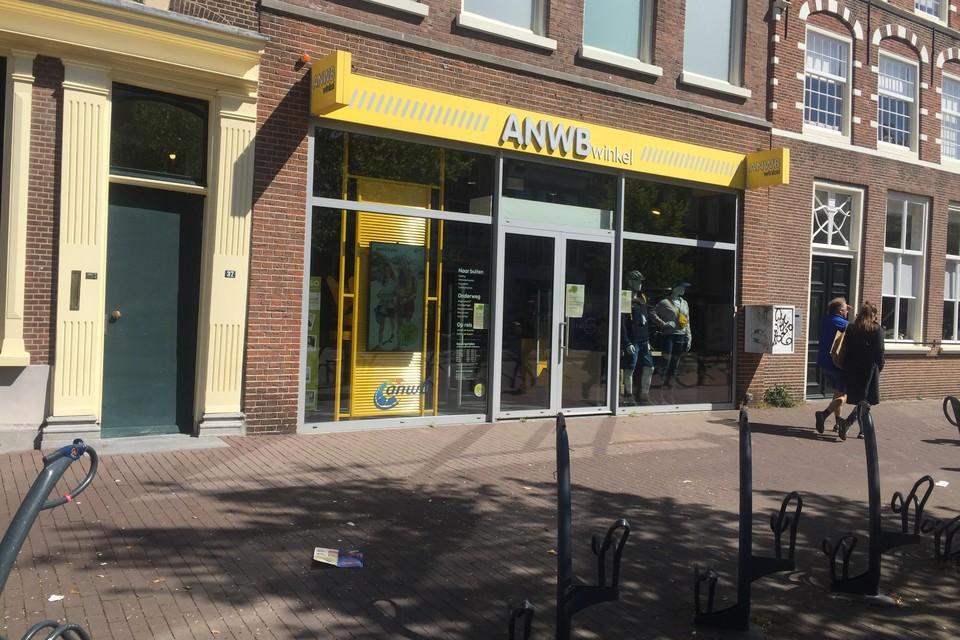 De ANWB-winkel aan de Gedempte Oude Gracht in Haarlem gaat volgende week dinsdag weer open.