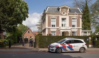 Wietkwekerij in verhuurd pand naast Baarnse villa: vierhonderd plantjes en (nog) geen aanhoudingen; Politie-onderzoek loopt nog
