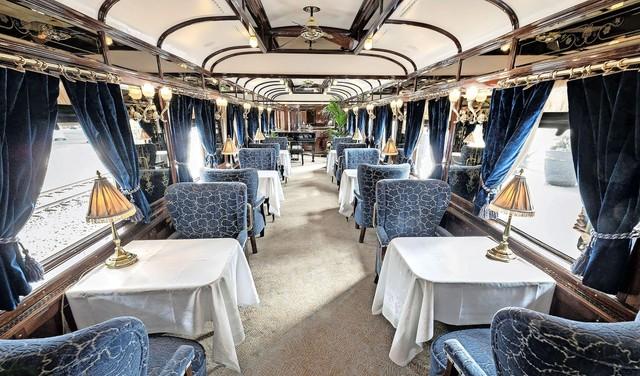 Iconische trein even in Haarlem. Terug naar de tijd van Agatha Christie. Voor 3.000 euro met de Oriënt-Express naar Venetië [video]