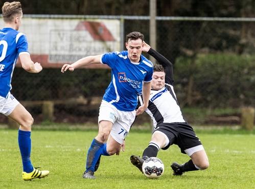 Derby tussen VV IJmuiden en Stormvogels kan weer niet boeien: 1-1