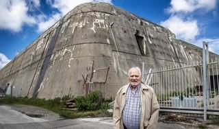 'Velsen was in de oorlog boerenerf met een valse hond'; bij Co Vosse (94) komen de herinneringen boven