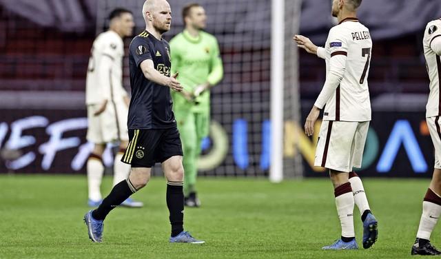 Klaassen kan nederlaag van Ajax tegen AS Roma nauwelijks geloven. Tadic: 'Ik kan wel huilen' [video]