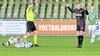 Onbegrijpelijke rode kaart Cas Dijkstra leidt verlies Telstar tegen FC Dordrecht in: 'In mijn vocabulaire is hier een woord voor en dat is oliedom' [video]