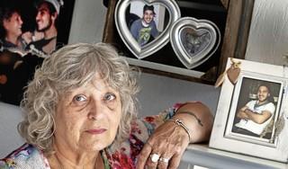 Moeder van Sjeddy verbijsterd over gedeeltelijke vrijspraak na doodsteken van haar zoon. 'Ik heb wel levenslang'