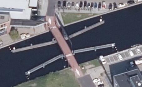 Figeebrug Haarlem open door probleem met hydraulisch systeem