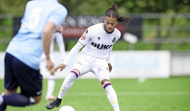 Telstar heeft een leuk team maar zonder nieuwe verdedigers wordt het lastig tegen FC Emmen: 'Natuurlijk zijn we niet klaar' [video]