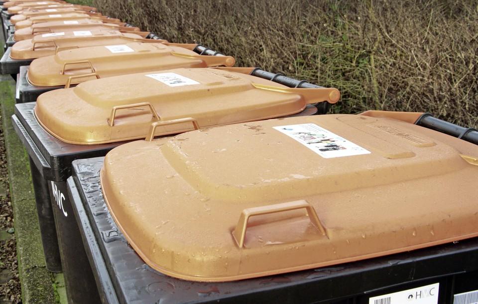 HVC-containers voor plastic, metaal en drankverpakkingen.