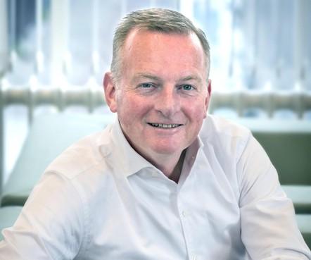 Burgemeester van Velsen zal niet aarzelen om op te treden om verspreiding coronavirus te voorkomen. 'Het is mijn taak om iedereen in de gemeente te beschermen'